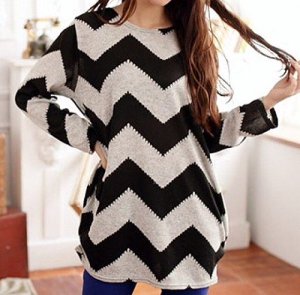 shirt black and white stripes long sleeves long sweater