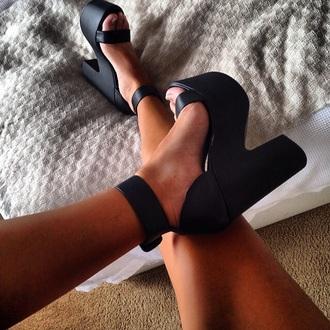 shoes platform shoes sandal heels high heels