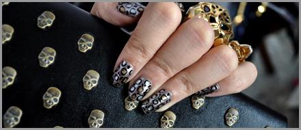 Miniminou - We are all skull inside!