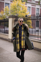 skirt,scarf,tartan scarf,grey coat,tumblr,tartan,tartan skirt,flannel scarf,coat,sunglasses,tights