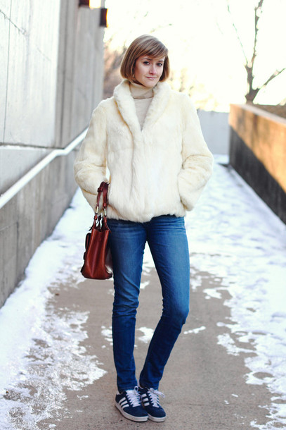 district of chic blogger jeans faux fur jacket off-white sweater coat shoes bag white fur coat fur coat white coat winter coat winter outfits brown bag blue jeans tumblr turtleneck sneakers blue sneakers adidas originals adidas adidas shoes white fur jacket