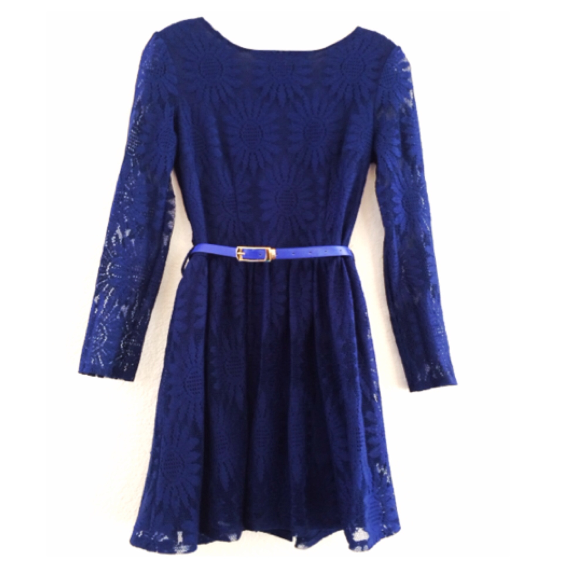 Stunning sunflower embroidery lace belted dress