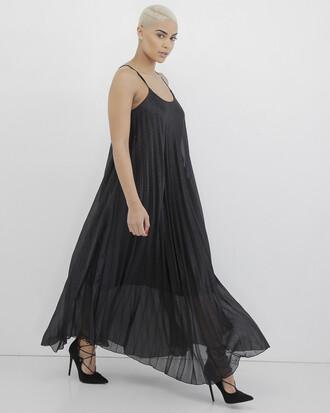 dress black dress maxi dress black maxi dress pleated pleated dress black