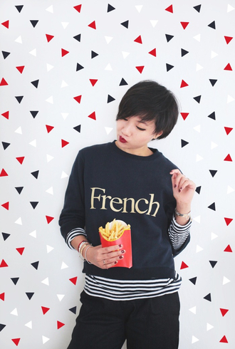 le monde de tokyobanhbao blogger sweater jewels