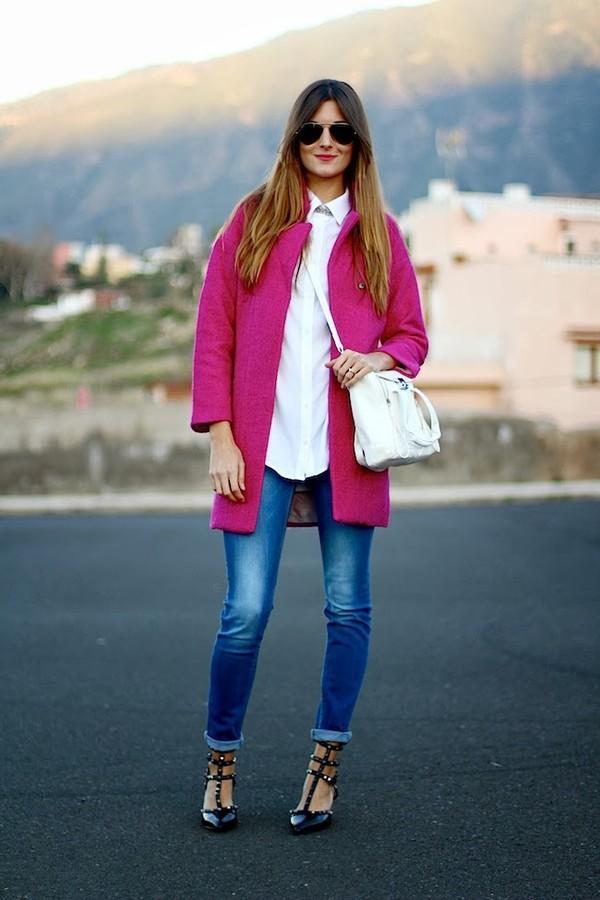 marilyn's closet blog bag coat shoes shirt jewels jeans