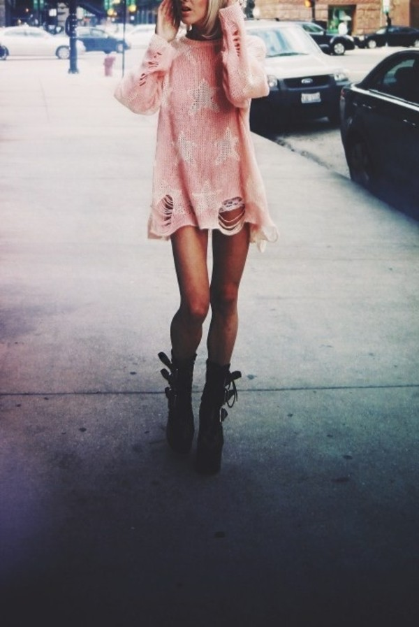 dress shirt pink stars ripped rock pretty cute sweater high socks hosiery knit ripped socks lingerie shoes top distressed sweater pastel grunge pastel pastel pink jumper tumblr boots black pink dress cardigan pink sweater grunge oversized sweater white stars ripped sweater pink ripped sweater star sweater wildfox pink
