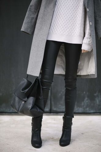 pants leather leggings black leather pants skirt shoes winter swag shirt leather leggings coat winter outfits sweater bag jeans