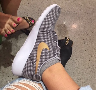 shoes nike nikroshes gold adelaine morin adelainemorin nike shoes