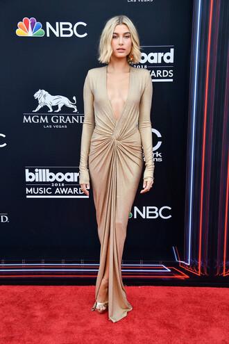 dress gold gold dress billboard music awards hailey baldwin model off-duty red carpet dress sandals sandal heels sexy dress sexy plunge dress plunge v neck gown prom dress
