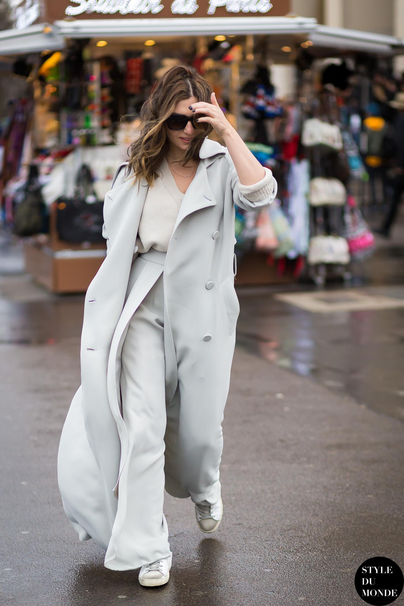 White trench coat - STYLE DU MONDE | Street Style Street Fashion Photos
