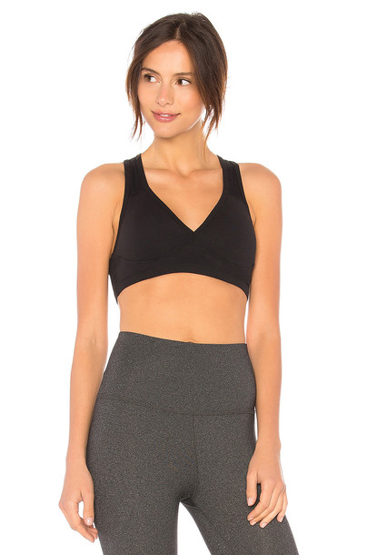 Beyond Yoga Lift & Support Sports Bra in black