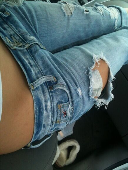 jeans ripped holister