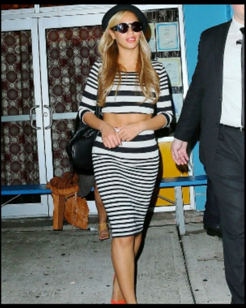 http://picture-cdn.wheretoget.it/3holas-l-610x610-shirt-beyonce-black-white-black-and-white-black-and-white-stripes-stripes-striped-skirt-striped-shirt-skirt-clothes-crop-top.jpg