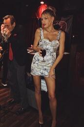 dress,charlotte mckinney,mini dress,model off-duty,bodycon