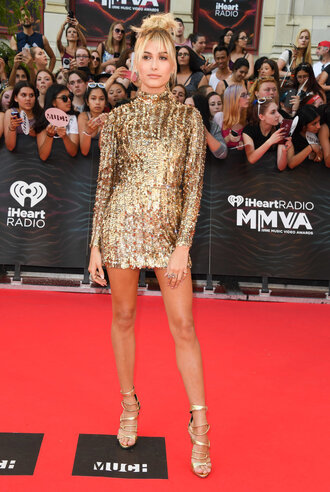 dress sequins sequin dress gold sequins mini dress bodycon dress sandals gold red carpet dress hailey baldwin model long sleeve dress metallic
