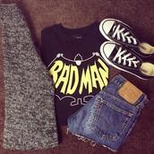 shirt,badman,black and yellow,black crop top,sweater,shorts,cardigan,shoes,denim,jeans,denim shorts,High waisted shorts,batman,superheroes,black,converse,vans,tommy hilfiger,cool girl style,tumblr girl,tumblr,cute,t-shirt,casual,cool