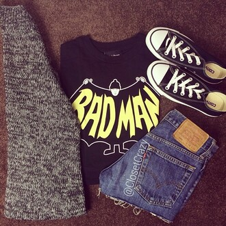 shirt badman black and yellow black crop top sweater shorts cardigan shoes denim jeans denim shorts high waisted shorts batman superhero black converse vans tommy hilfiger cool girl style tumblr girl tumblr cute t-shirt