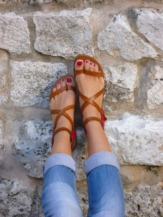 shoes brown sandels brown strappy sandals flat sandals strappy sandals jewels leggings sandals strappy leather brown