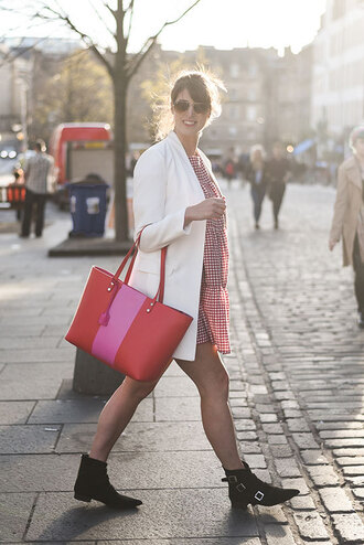thank fifi blogger jacket dress shoes ankle boots blazer white blazer red bag tote bag spring outfits