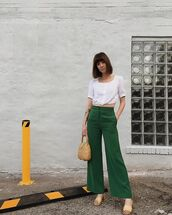 pants,green pants,wide-leg pants,top,white top,crop tops,bag,shoes