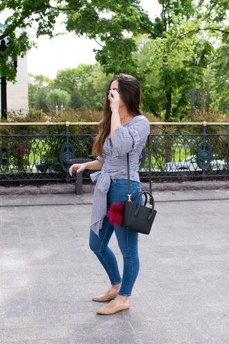 district dress up blogger jeans bag skinny jeans black bag loafers spring outfits