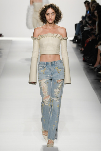 top jonathan simkhai off the shoulder crop tops runway ny fashion week 2017 fashion week 2017 nyfw 2017