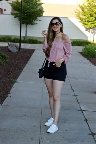 lamariposa blogger top shorts bag shoes sunglasses jewels off the shoulder top sneakers shoulder bag summer outfits