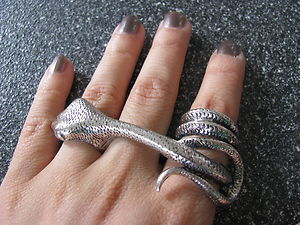 Gothic Adder Snake Bite Three Finger Triple Knuckle Antique Silver Pewter Ring | eBay