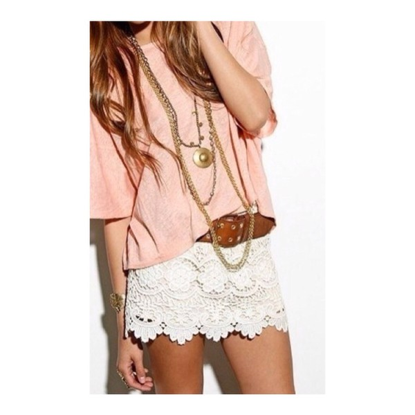white lace shorts lace shorts white top pink peach peach top pink top loose tshirt