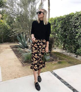 damsel in dior blogger sunglasses sweater shoes skirt loafers cult gaia bag green bag floral skirt midi skirt