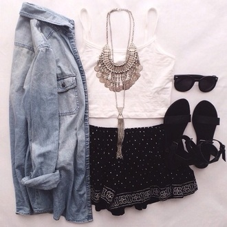 blouse shirt shorts shoes cute sandals fashion style jewels beach shoes jacket pants tribal pattern black white necklace gold silver halter top glasses rayban turban