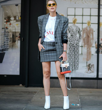skirt plaid plaid mini skirt mini mini skirt t-shirt white t-shirt boots white boots ankle boots blazer plaid blazer sunglasses yellow yellow sunglasses