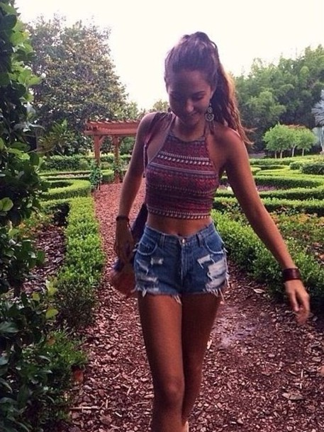 shirt boho hippie gypsy paisley jean shorts tanktop halter top hippie    Cropped Halter Top Outfit