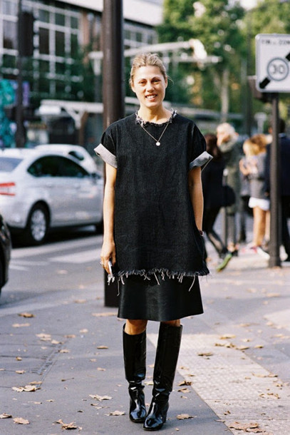 vanessa jackman blogger dress shoes ripped black boots frayed top skirt midi skirt streetstyle