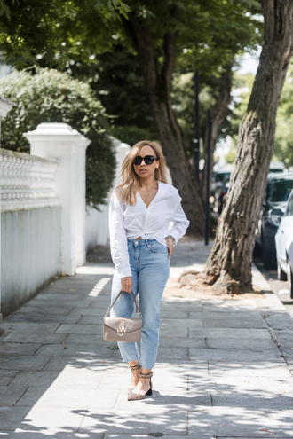 a style diary blogger shirt jeans shoes bag sunglasses jewels white shirt mid heel shoes shoulder bag tumblr denim blue jeans mid heel pumps grey bag pointed toe