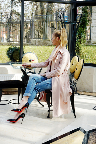 beauty fashion shopping blogger jeans pointed toe louboutin pink coat