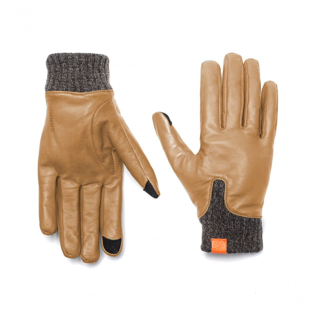 Women's brown leather gloves