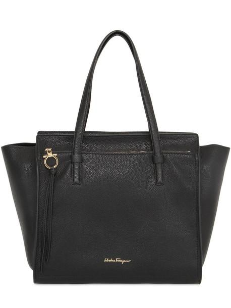 SALVATORE FERRAGAMO Medium Amy Grained Leather Tote Bag in black