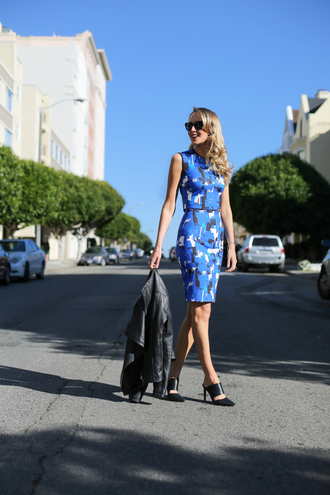 the classy cubicle blogger top skirt shoes jacket sunglasses