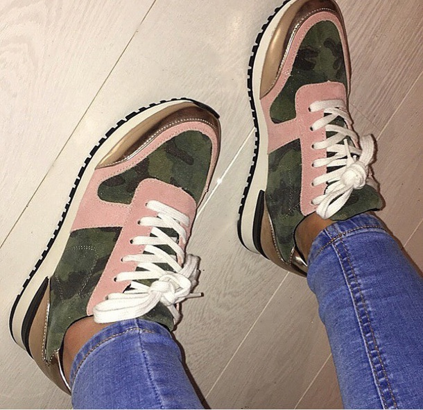 shoes sneakers gold pink camouflage