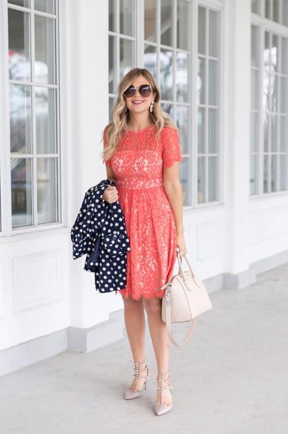 suburban faux-pas blogger coat dress sunglasses jewels bag
