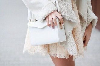 bag white girl girly little bag clutch classy classic blogger style