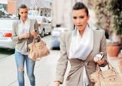 coat,kim kardashian,scarf