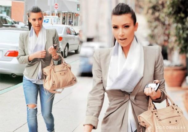 coat kim kardashian scarf