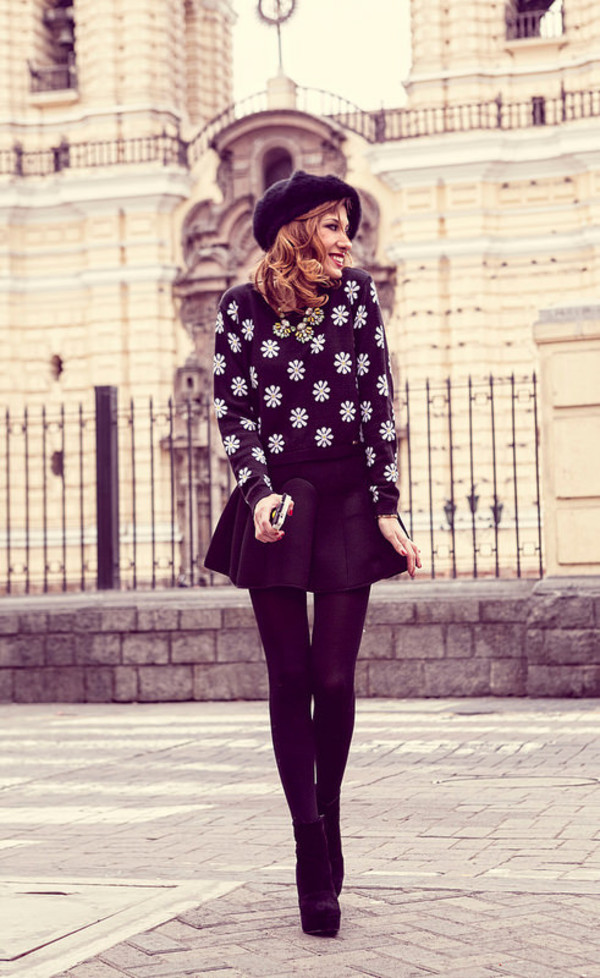 the art sartorialist blogger skirt jewels tights shoes daisy fall outfits preppy beret