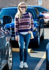 sweater,reese witherspoon,jeans,sneakers,fall outfits,streetstyle,shoes