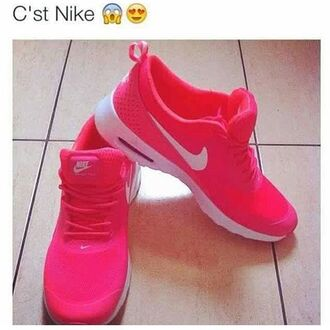 shoes pink and white nike shoes