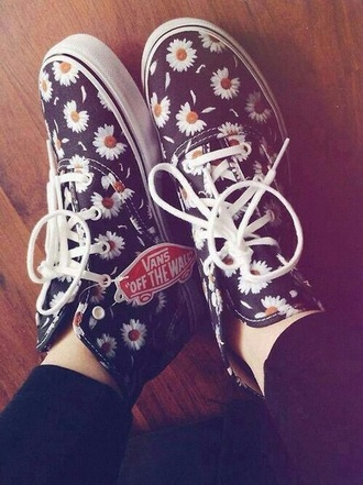 shoes daisy flowers
