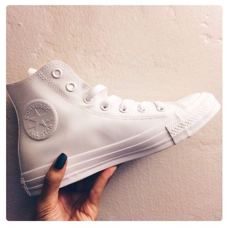 shoes converse all white everything converse high tops