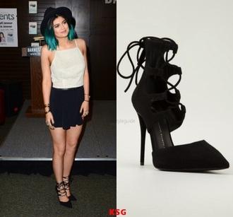 shoes black heels kylie jenner black heels kylie jenner kardashians kim kardashian